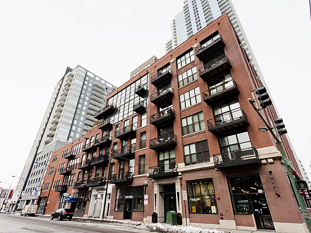 Why Lofts At 300 W Grand Are Among The Best In River North