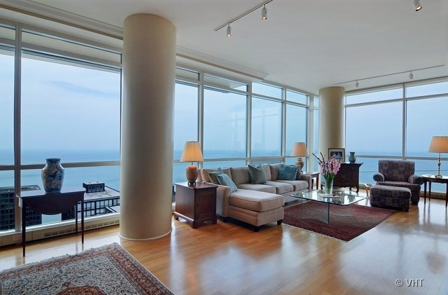 Floor to ceiling windows good bedrooms with floor to for Floor to ceiling windows