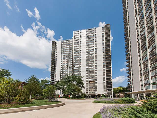 1460 North Sandburg Condos For Sale, Chicago IL